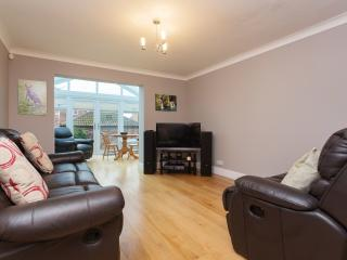 Cozy London House rental with Internet Access - London vacation rentals