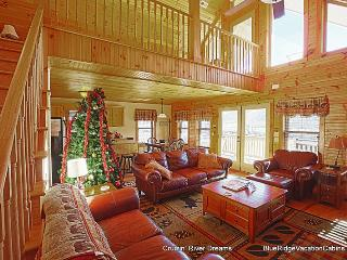 RIVERFRONT Log Cabin*Firepit*HotTub*Big Gameroom - Fleetwood vacation rentals