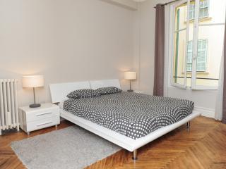 Charme Italia centralissimo per 6 persone - Cote d'Azur- French Riviera vacation rentals