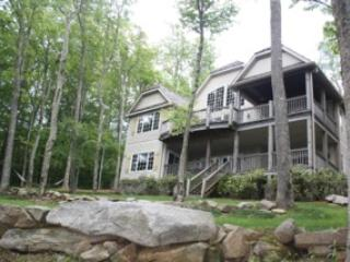 Linville Ridge Luxury Home*HotTub*Membership Avail - Sugar Mountain vacation rentals