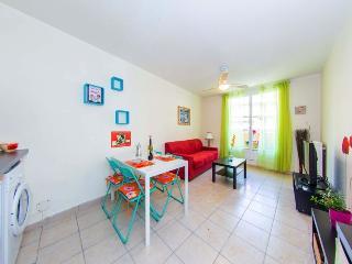 Grande Studio coquelicots - Cote d'Azur- French Riviera vacation rentals