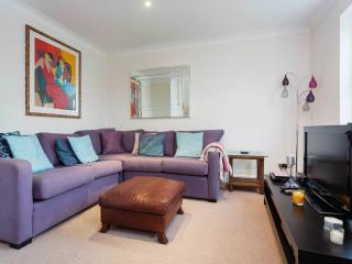 Deuce Delight - London vacation rentals