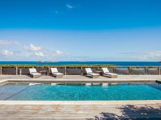 4 bedroom Villa with Deck in Anse Des Cayes - Anse Des Cayes vacation rentals