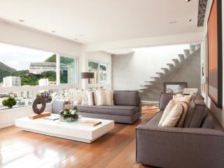 W01.118 - 3 BEDROOM PENTHOUSE IN IPANEMA - Rio de Janeiro vacation rentals