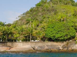 Nice 4 bedroom House in Angra Dos Reis - Angra Dos Reis vacation rentals