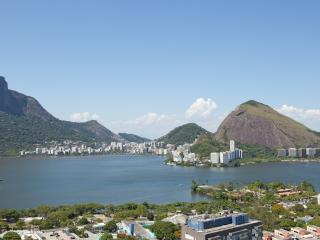 W01.105 - 3 BEDROOM PENTHOUSE IN LEBLON FOR RENT - Rio de Janeiro vacation rentals