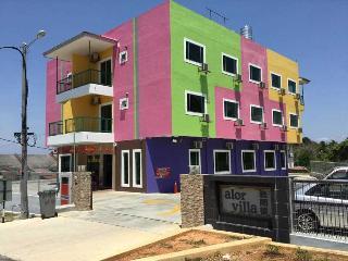 Hotel Alor Villa - Economy Twins Room - Alor Gajah vacation rentals