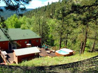 Alpine Splendor - 5 Mins to downtown - Luxury - Boulder vacation rentals