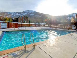 Updated and luxurious ski-in home with a pool & hot tub! - Park City vacation rentals