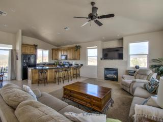 2 bedroom Apartment with Deck in Saint George - Saint George vacation rentals