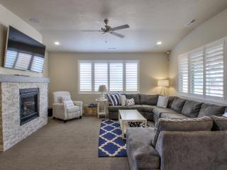 Nautical Themed Paradise - 3BD Home w/Amenities - Santa Clara vacation rentals