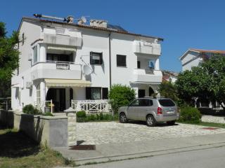 SERVENTIC Frankopanska(2626-6650) - Draga Bascanska vacation rentals
