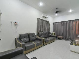 Stay99 house (2 bedrooms) - Melaka vacation rentals