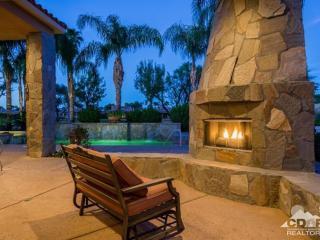 (MUST SEE VIDEO) LUXURY ESTATE GOLF ESCAPE & Pool - La Quinta vacation rentals