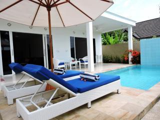 Kartika Villas, Two bedroom villa. - Lovina vacation rentals