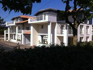 Location apt 5 pers. tout équipé  situation idéale - Vieux-Boucau-les-Bains vacation rentals