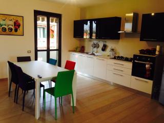 2 bedroom Apartment with Internet Access in Porto Torres - Porto Torres vacation rentals