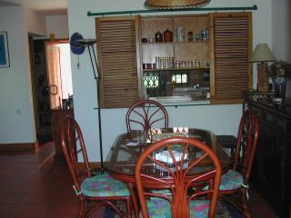 Nice Condo with Satellite Or Cable TV and Parking - Troia vacation rentals
