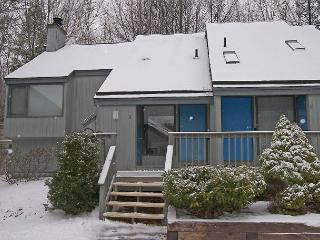 BW005- Managed by Loon Reservation Service - NH Meals & Rooms Lic# 056365 - Lincoln vacation rentals