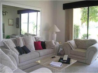 Nice House with Garage and Wireless Internet - Palm Desert vacation rentals
