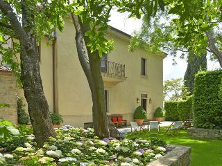 4 bedroom Villa with Internet Access in Palazzone - Palazzone vacation rentals