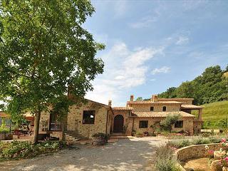 Beautiful 6 bedroom Villa in Orvieto - Orvieto vacation rentals