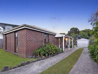 Perfect 3 bedroom Ocean Grove House with Television - Ocean Grove vacation rentals