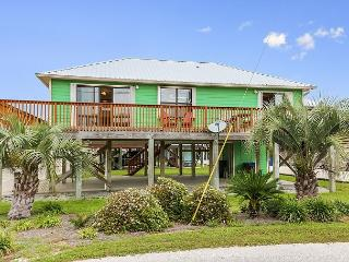 Vibrant Cottage a Block from Gulf Shores Beach – Sleeps 6 - Gulf Shores vacation rentals