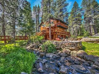 Peaceful Creekside Mountain Retreat in Truckee with Private Hot Tub - Truckee vacation rentals