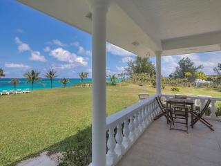 Spacious Villa with Internet Access and A/C - North Palmetto Point vacation rentals