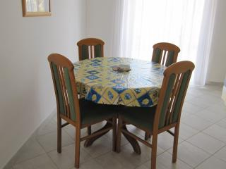 House Lazaric Apartment B2 (4+1) - Medulin vacation rentals