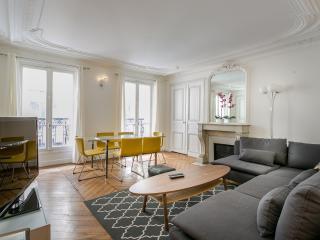 Prestigious flat (Champs-Elysées) - Paris vacation rentals