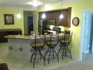 Dream by the Lake-Convenient 1st Floor Lands - Osage Beach vacation rentals