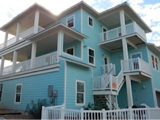 Ship Ahoy! Coastal Chic house, views,boardwk,decks - Port Aransas vacation rentals