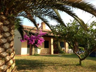 MARE ETRUSCO Villetta D1 - Populonia vacation rentals