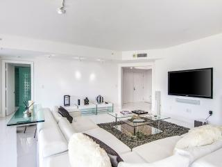 The Golden - 3 Bedrooms + 3 Bathrooms - Hollywood vacation rentals