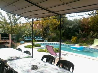 Nice Villa with Internet Access and Wireless Internet - Nezignan l'Eveque vacation rentals