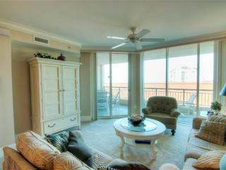 Comfortable Condo with Deck and Internet Access - North Myrtle Beach vacation rentals