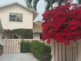 Beautiful home on the water in Jupiter Florida - Jupiter vacation rentals