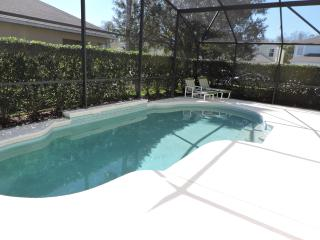 Luxury 4 Bed Villa near Disney South facing pool 2 - Kissimmee vacation rentals
