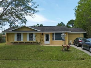 Charming 3 bedroom Vacation Rental in Port Saint Lucie - Port Saint Lucie vacation rentals