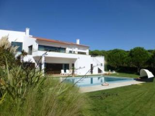 Charm, nature and sea Cascais House - Cascais vacation rentals