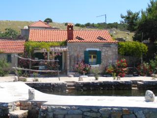 1 bedroom Cottage with Balcony in Island Kornat - Island Kornat vacation rentals