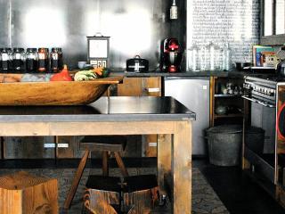 Cozy 3 bedroom Saint-Claude Condo with Television - Saint-Claude vacation rentals