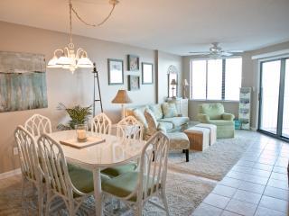 3BR/ 2&1/2 BA beachfront/oceanfront condo - Carolina Beach vacation rentals