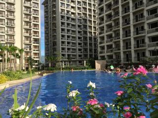 Comfortable one-bedroom apartment - Paranaque vacation rentals
