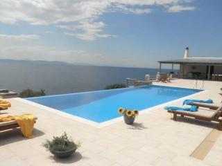 Kea Marades bay villa - Korissia vacation rentals