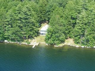 Cozy Waterfront Cabin on Winnisquam (LEB106W) - Laconia vacation rentals