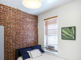 Gleaming East Village Apartment - A Fully Furnished 3 Bedroom, 1 Bathroom Unit - Newark vacation rentals