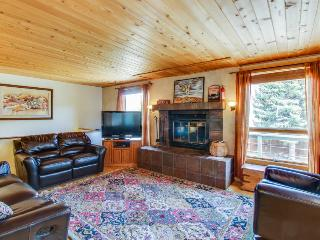 Beautiful, dog-friendly home w/ large private hot tub - minutes from Durango! - Durango vacation rentals